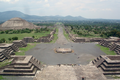 Teotihuacan view of the Avenue of the Dead and the Pyramid of the Sun, from the Pyramid of the Moon. At its peak around 600 CE, Teotihuacan was the sixth-largest city in the world. It featured a rational grid plan and a two-mile-long main avenue. Its monumental pyramids echo the shapes of surrounding mountains.